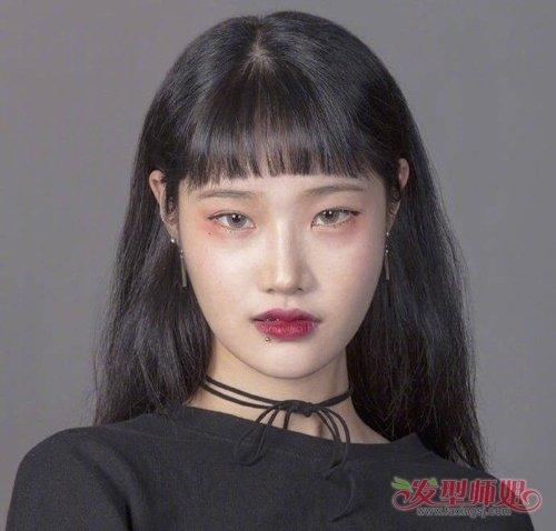 小眼睛女孩子超正派发型好减龄 显小的发型让女生变身精致女孩