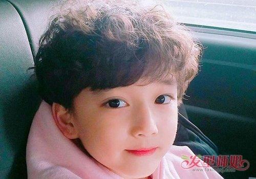简单的男宝宝剃头发型图片 男宝短发剪法款型才是难点图片