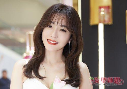 空气刘海齐刘海不是脸大女生仅有的选择 大脸女生时尚修颜刘海锦集