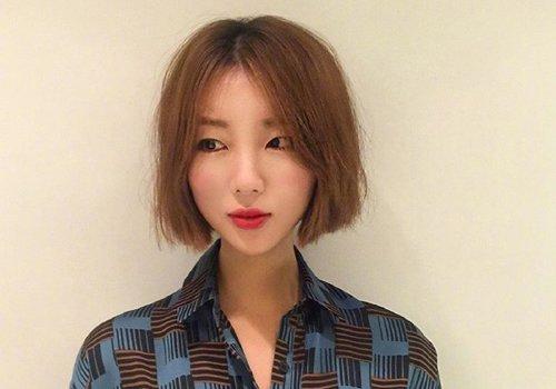 三十几岁的女人怎么总爱剪短发 中年女士适合的发型唯有短发不破图片