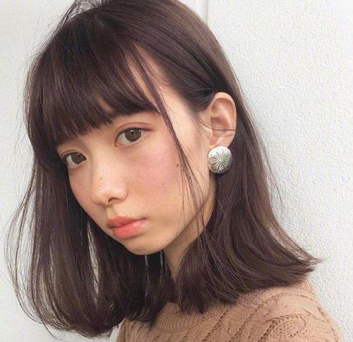 90后东京女生大爱的齐刘海短发锦集,甜美时尚不挑人,适合秋天