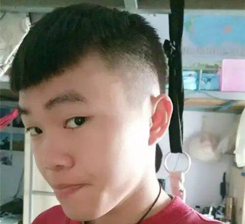 2020男士发型如何做找到脸型是关键 男生大方脸适合的