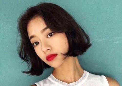 圆脸女生发型剪错了后果难以置信 圆脸适合剪什么发型图片