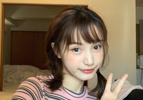 圆脸女生齐刘海双马尾辫发型图片