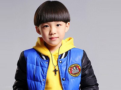 圆脸的4岁男孩剪什么发型好看 4岁小男孩流行发型