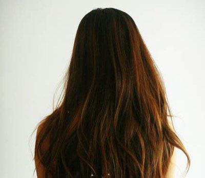 盘发+花苞头 长直发花苞头扎法