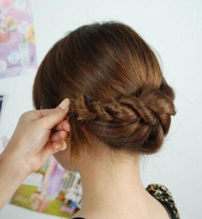 大脸适合什么发型怎么编辫 脸大的女生扎辫子适合什么发型
