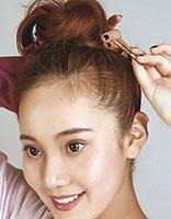 齐肩短发怎么盘可爱活泼蓬松花苞发型