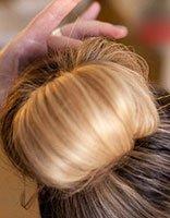 简单长头发花苞头的扎法图解 花苞头适合多长的头发