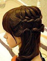 脸方的女生适合编什么样的辫子 适合方脸女生的辫子扎法