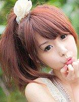 圆脸长发的女生怎样扎头发图片 圆脸长发简单扎发