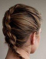 长头发变蜈蚣辫如何把下面的头发藏起来