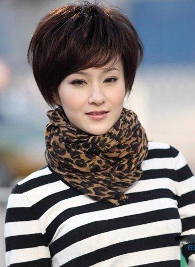 中老年女士短发发型 中老年最新发型短发