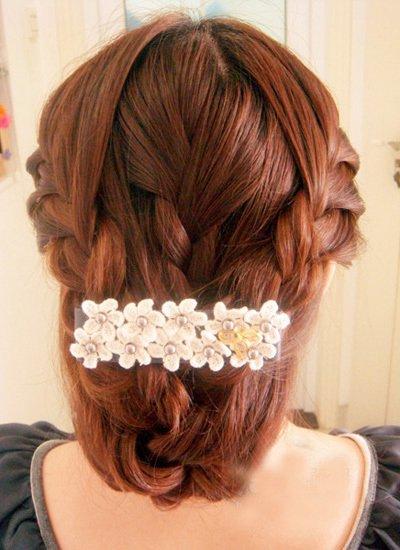 2017韩式新娘发型 最新中分韩式发型