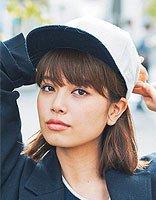 平刘海怎么样最好看 女生平刘海怎么戴棒球帽