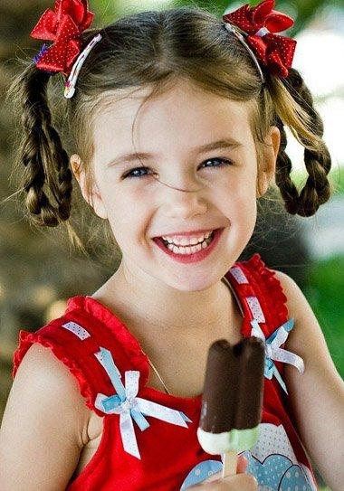 发型热点 > 小女孩发型 >   13岁的小孩怎样编头发简单好看?图片