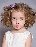 给孩子怎么扎好看的发型 给外国孩子扎的发型