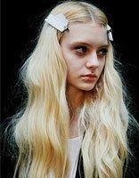 长脸适合的发型怎么梳 脸较长的女生如何梳发型