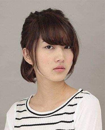 初中生适合扎什么发型 初中女生随意发型扎发