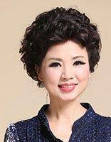 适合中老年妇女的气质发型 中老年女性的发型