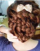 适合高中生的盘发发型步骤 高中生盘头发简单的方法