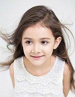 小女孩长发无流海发型 小女孩无刘海发型