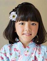 小女孩齐刘海怎么编小辫子 小孩编头发的步骤及图片