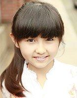 13岁儿童的齐刘海发型怎么扎 扎起来好看的齐刘海发型