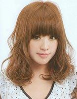 美人尖的头发怎么打理 好打理的中长度梨花发型图片