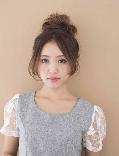 职业花样盘头发型 20岁职业女性发型盘发