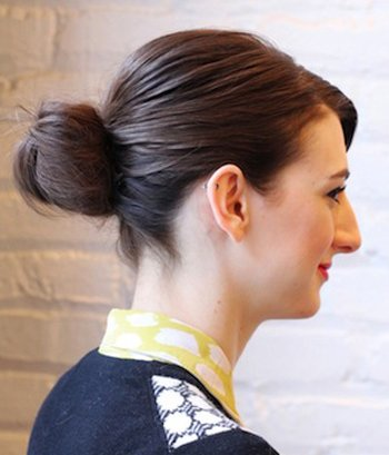 盘出职业干练的发型 职业发型盘发技巧图解