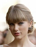 中年女人烫发盘发的发型怎么梳 烫发能梳的中年发髻