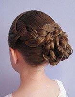女孩怎样盘发型 小女孩长发盘发发型