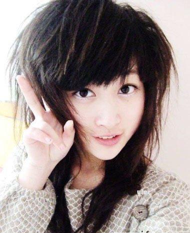 女生黑长发发根烫什么样子 垫发根烫发发型图片