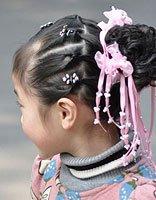 儿童短头发的盘发 儿童盘短头发的步骤
