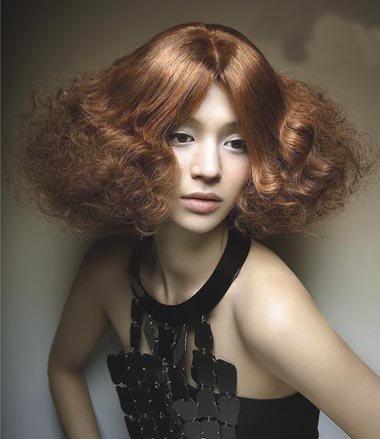 长沙宣烫什么样的头发图片 中长沙宣头烫发