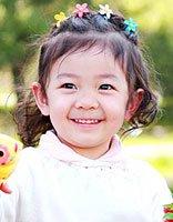 头发较短的小女孩发型 好看的宝宝短发发型(4)图片