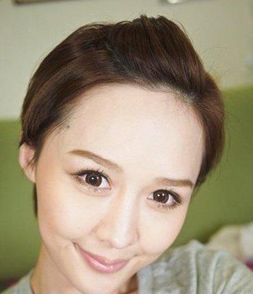 帅气短发型怎么扎 扎中短发型头发的方法