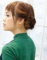 短头发怎样编辫子 短发编头发的方法