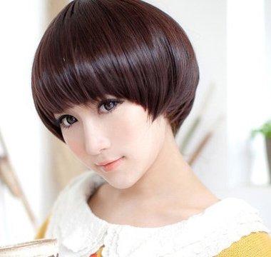 娃娃头发型怎样打理 头发帘怎样打理