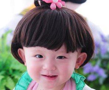 怎么给小女孩扎蘑菇头 小孩蘑菇头该怎么扎头发图片