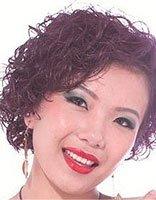 中年妇女适合染什么颜色的头发 适合中年妇女烫染短发图片