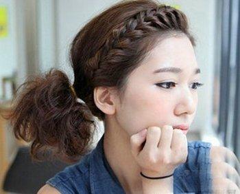 发型刘海前面编辫子 简单辫子发型扎法图解
