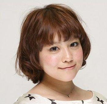 圆脸适合的发型_圆脸适合的短发_圆脸适合的长发_圆脸图片