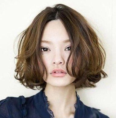 短发纹理烫发尾翘了怎么办 短发怎么打理出空气感纹理感