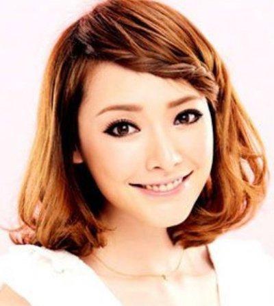 简单大方的修颜发型是最适合方脸女孩的,女生方脸怎样扎头发才好看呢?图片