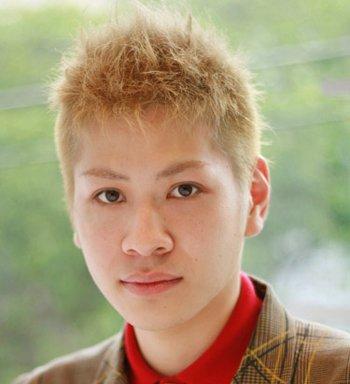 圆脸男生适合的短发发型 男士圆脸毛寸发型图片