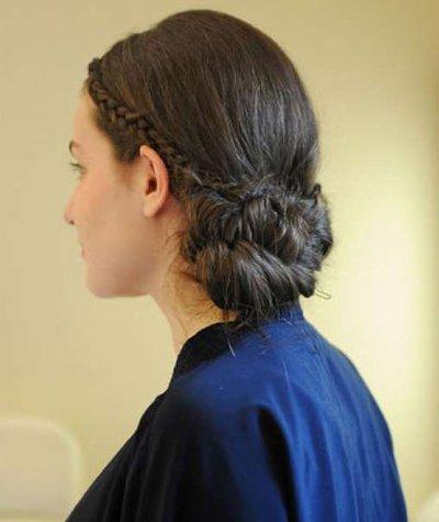2017年最新鱼尾骨发型扎法 鱼尾辫扎发发型图解