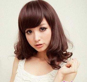 圆脸适合什么样的中短发看起来脸小点 适合圆脸的时尚发型图片