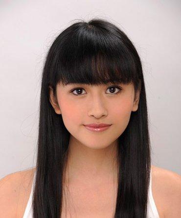 胖脸齐刘海长直发应该编什么样的头发 适合胖脸的编发发型图解